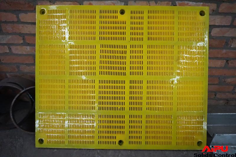 Polyurethane shaker screen - 1
